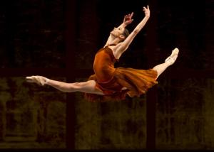 Powerhouse and standing at 5', Maria Kochetkova in Helgi Tomasson's Trio. (San Francisco Ballet)