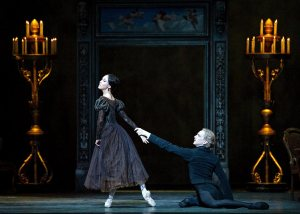 ABT's Hee Seo and David Hallberg in Onegin.